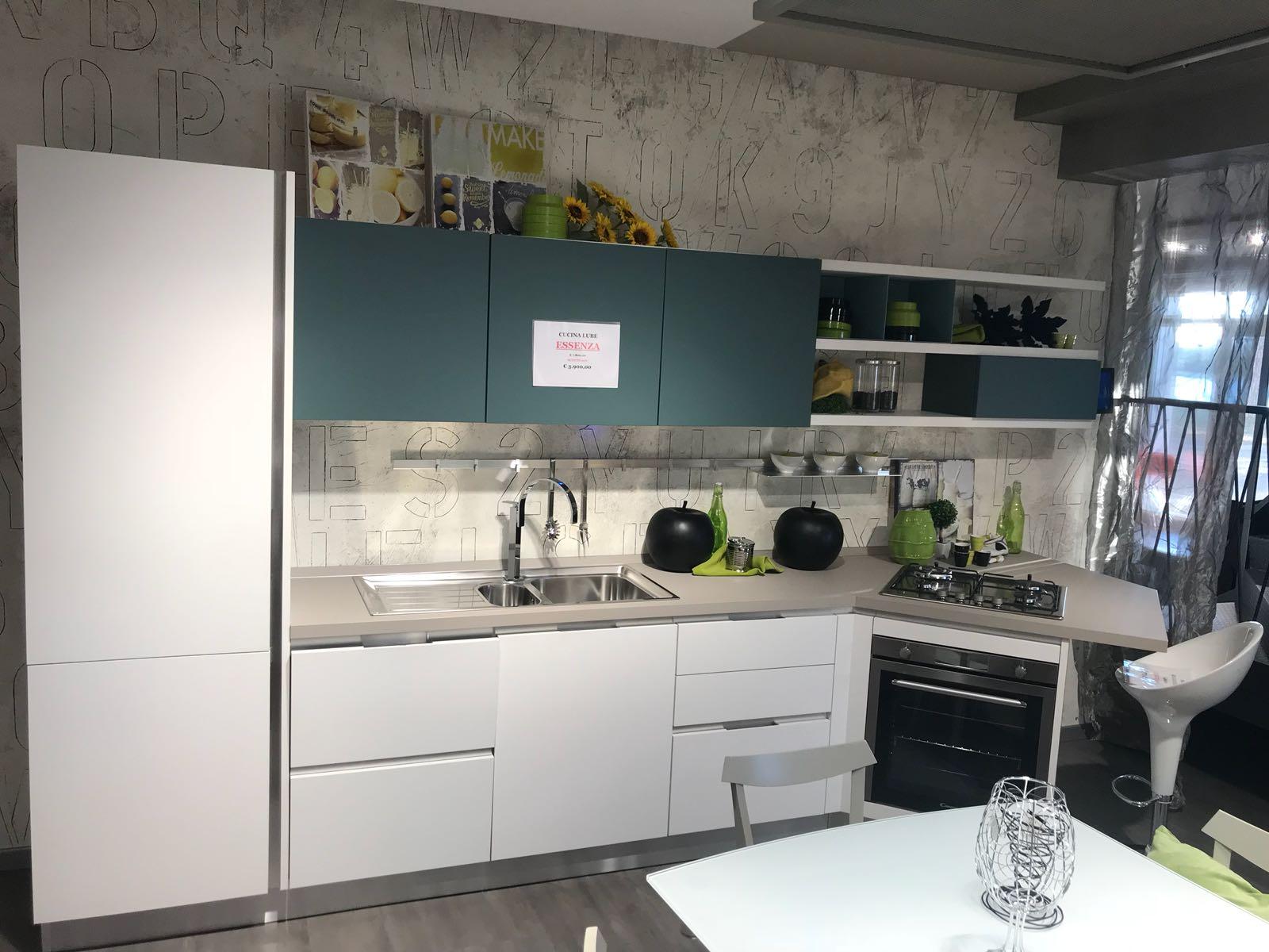 Cucina lube essenza cucine lube roma e nuova linea creo kitchens - Cucina essenza lube ...